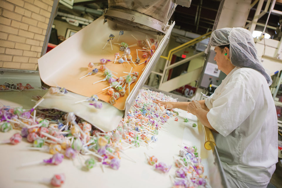 Worker at Spangler Candy Co.