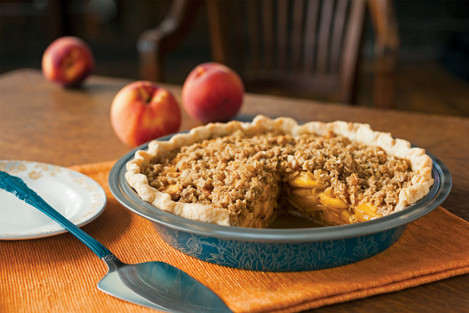 Peach Ginger Pie Crumble
