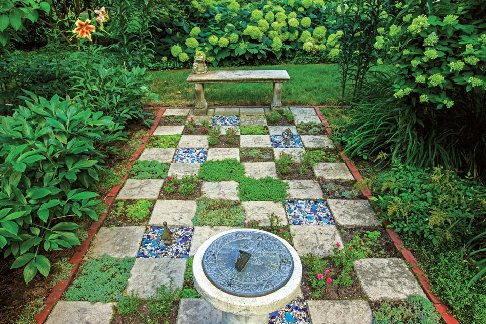 havill-garden-checker-board