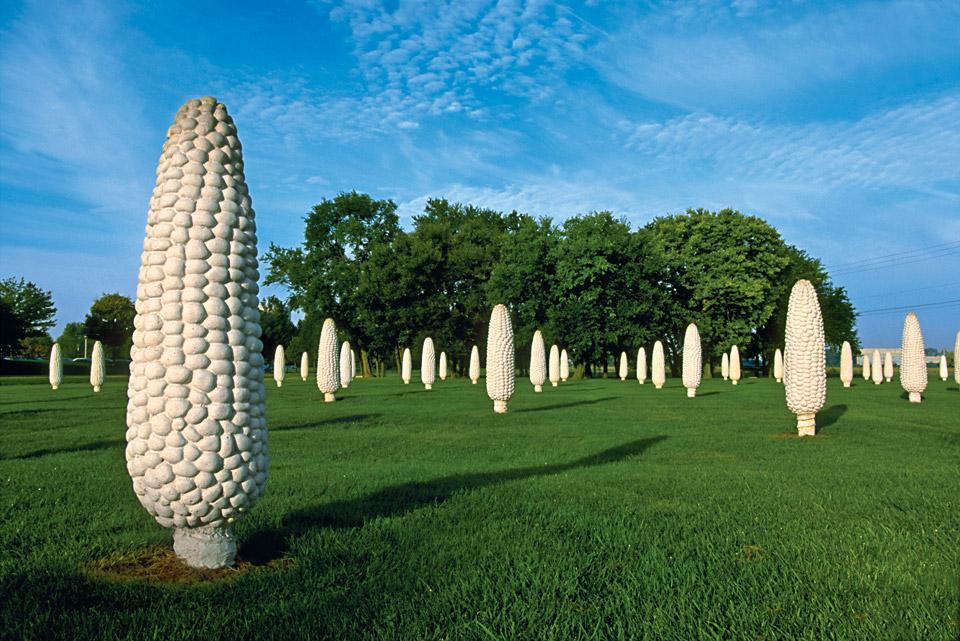 field-of-corn-sculptures