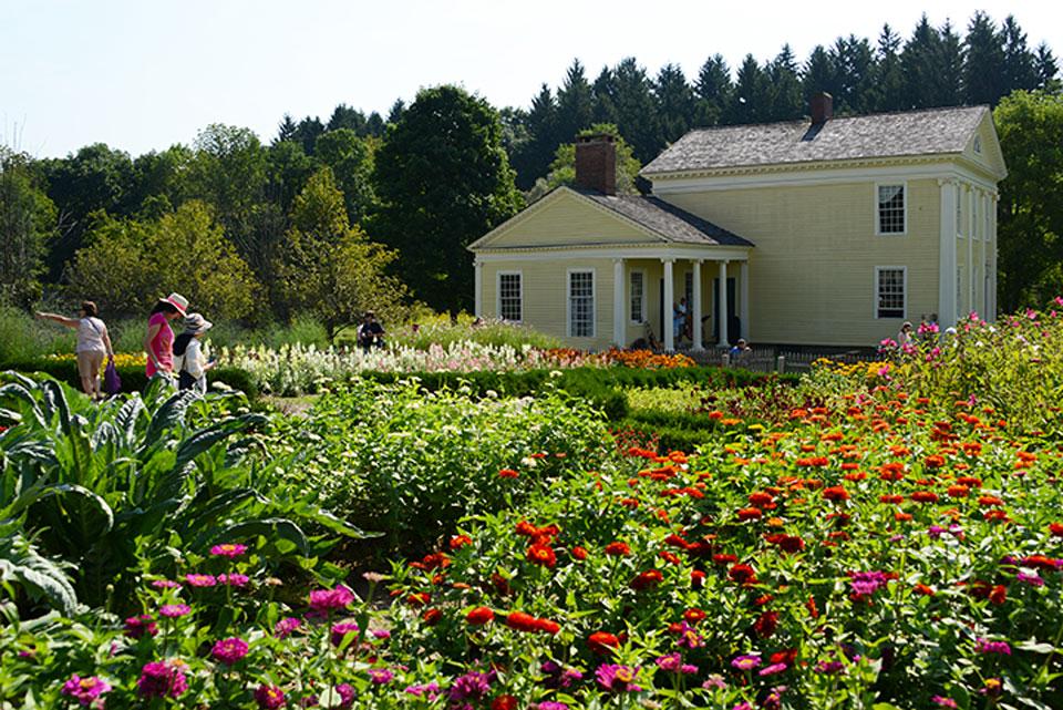 Hale-Farm-and-Village