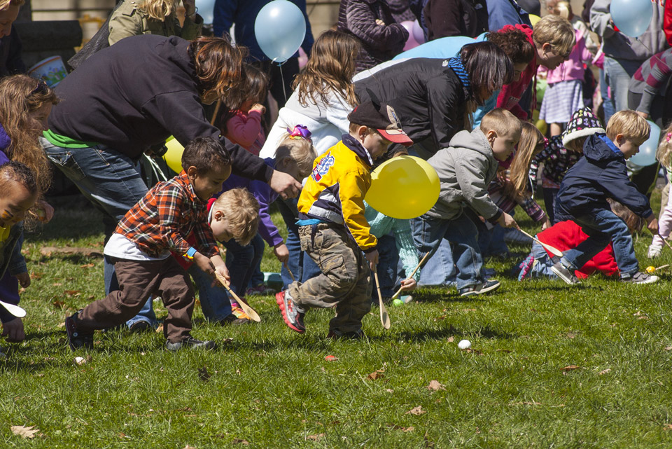 Egg-Roll_little-Kids