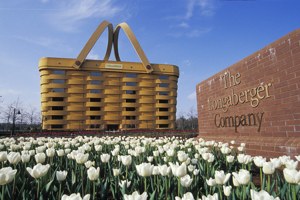 longaberger-basket-building