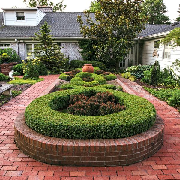 Knot garden at Beth Karp's home