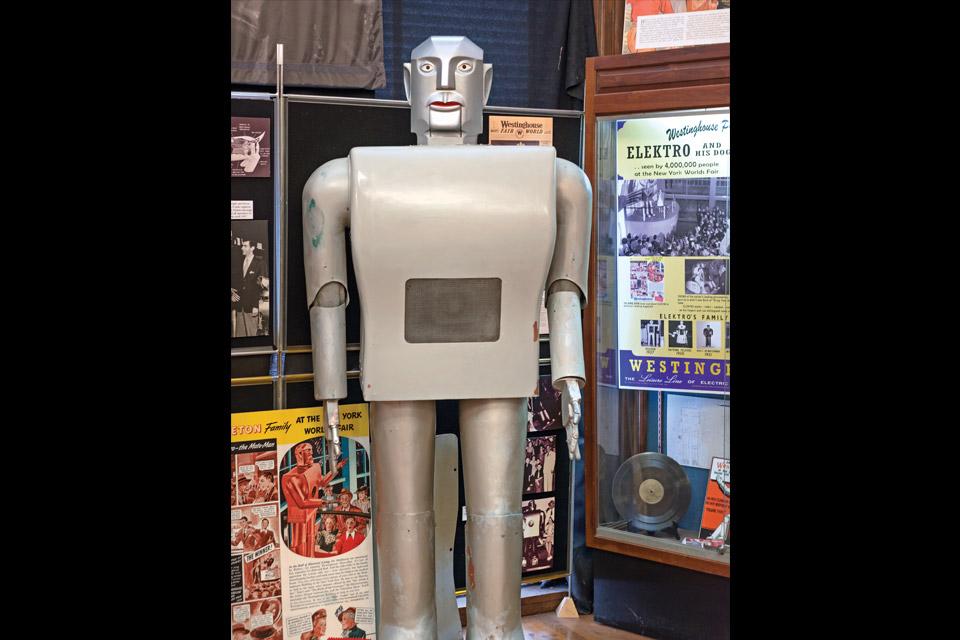 roadside-Electro-the-Robot