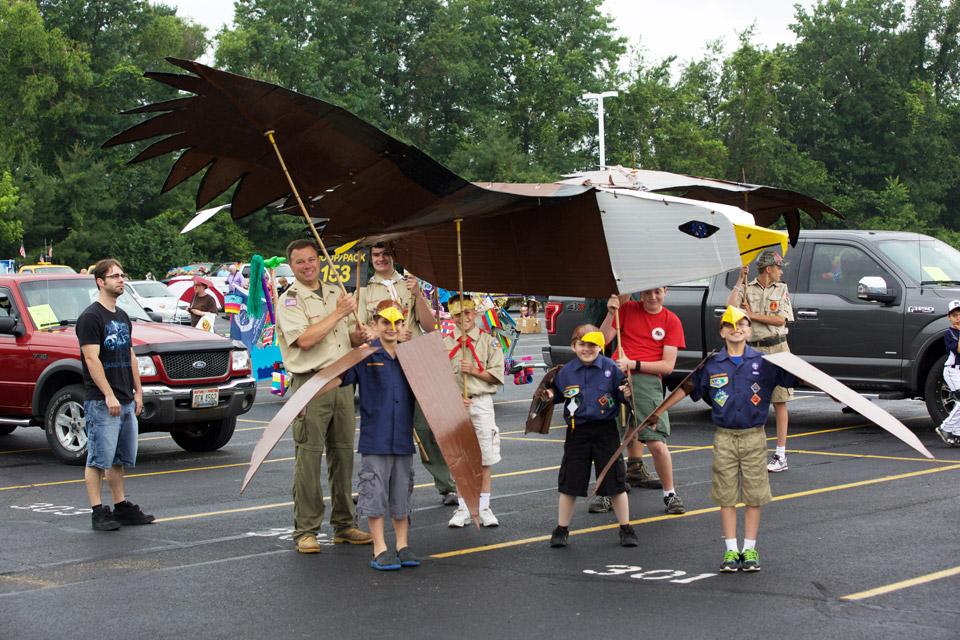 digest-boy-scouts-w-eagle