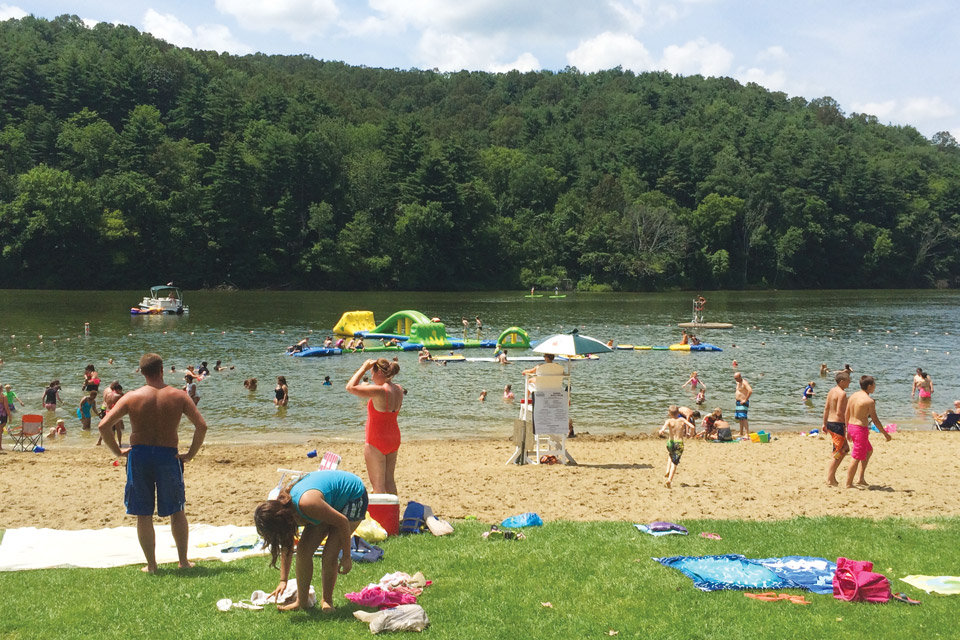 The beach at Tappan Lake