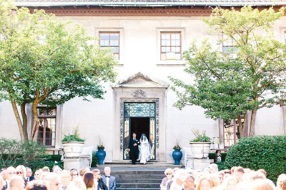 Annaliese-and-Tom-wedding