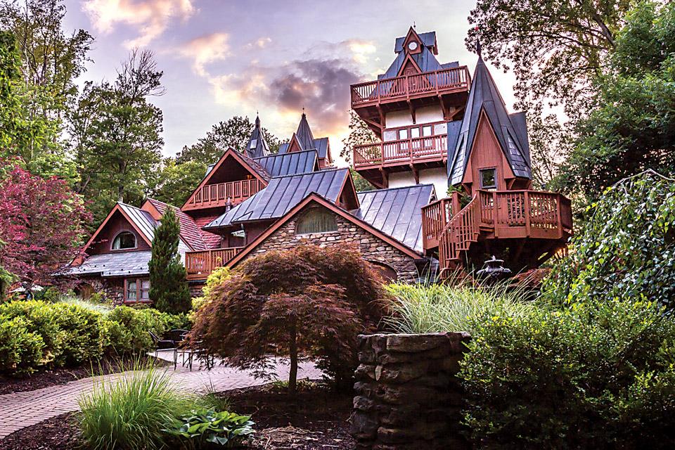 Landholl's Mohican Castle