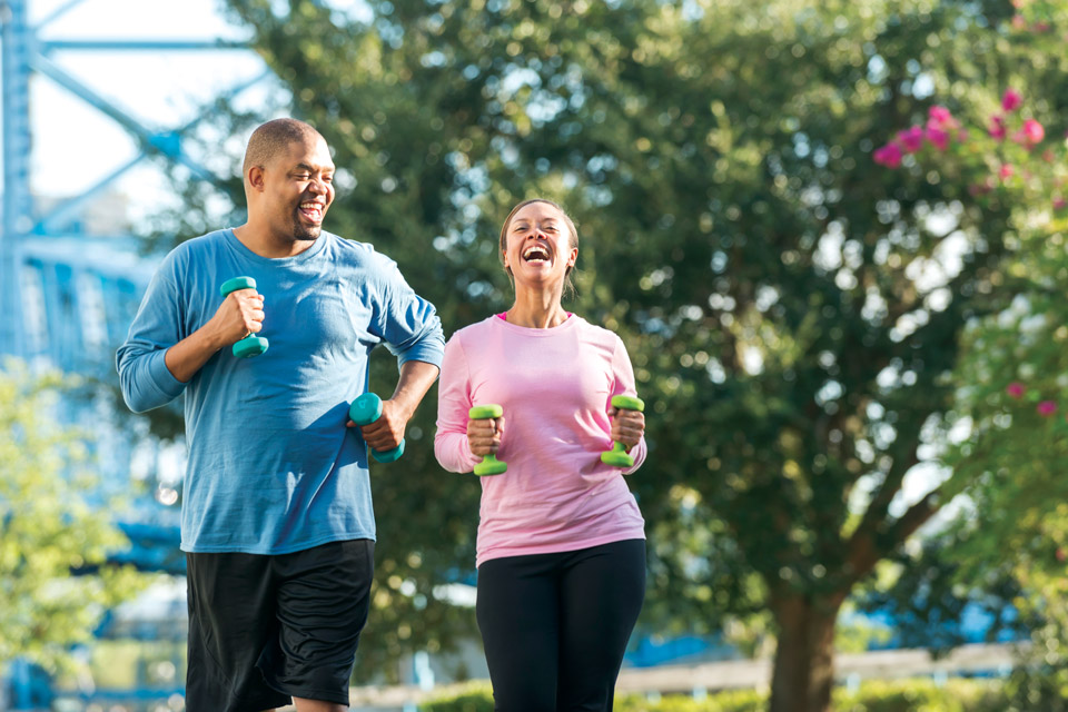 LiveWell-exercising-couple