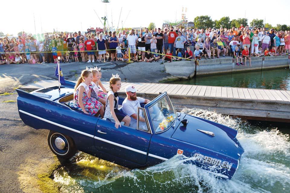 Celina-Lake-Festival-amphicar