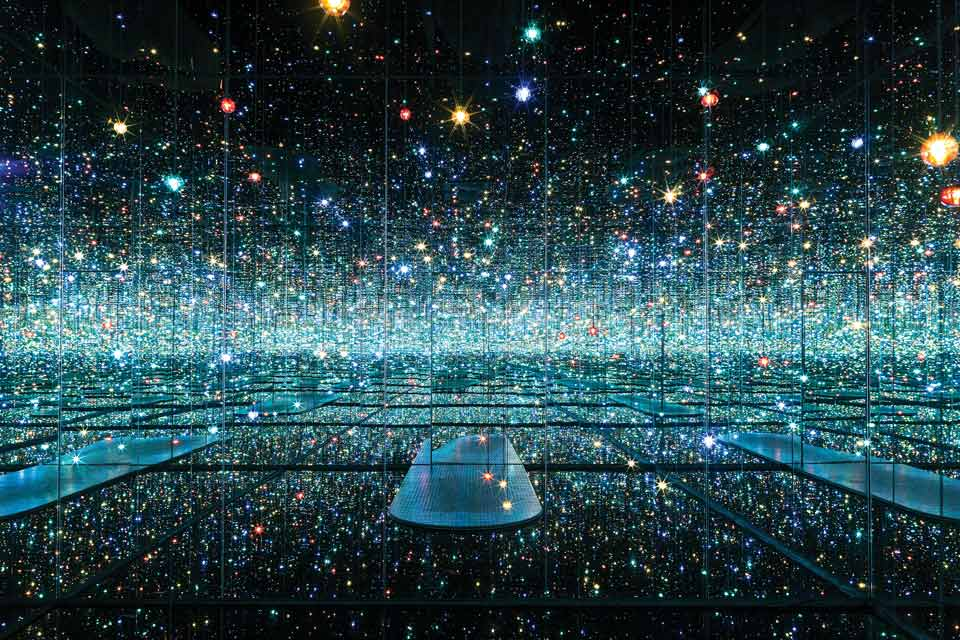 Infinity Mirrored Room—The Souls of Millions of Light Years Away