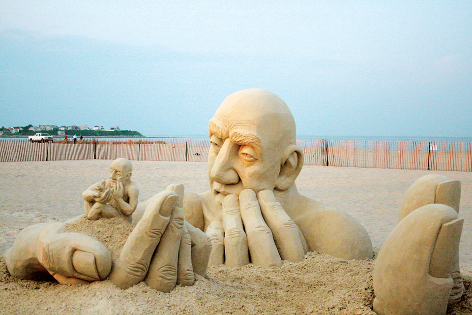 sand-sculpture_man