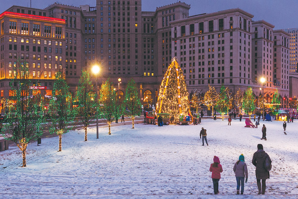 Cleveland Public Square (photo by Carl Stimac)