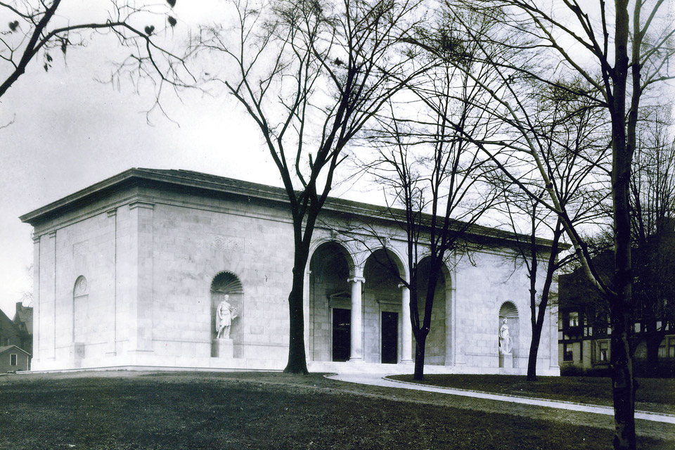 Historical photograph of the Butler Institute of American Art