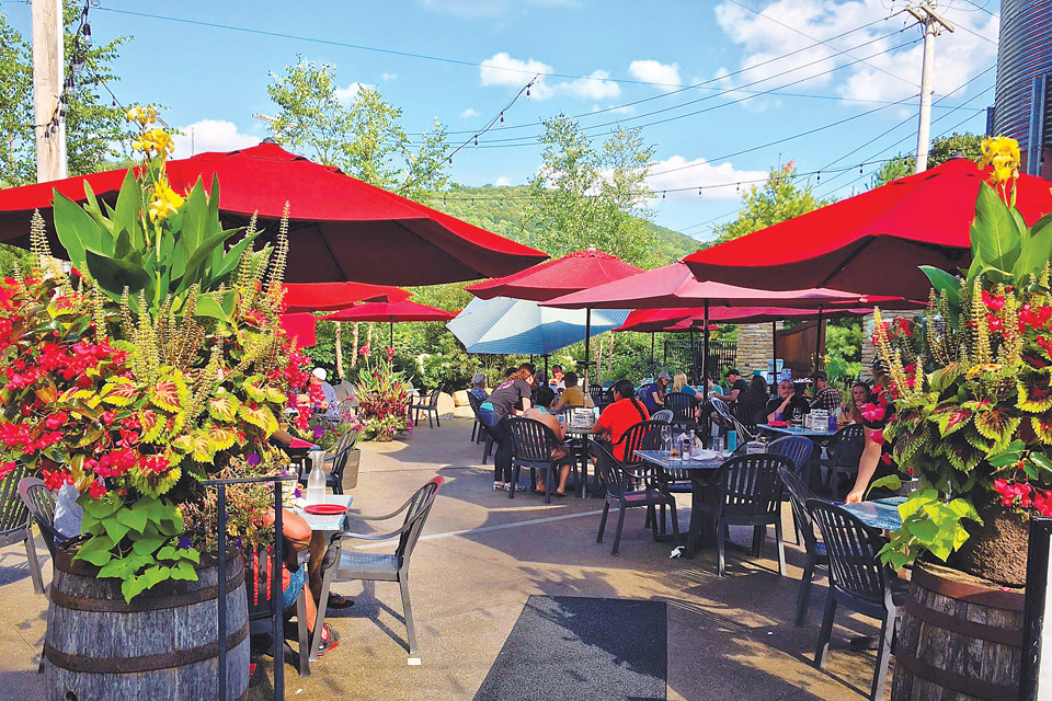 Ellicottville Brewing Co. Patio