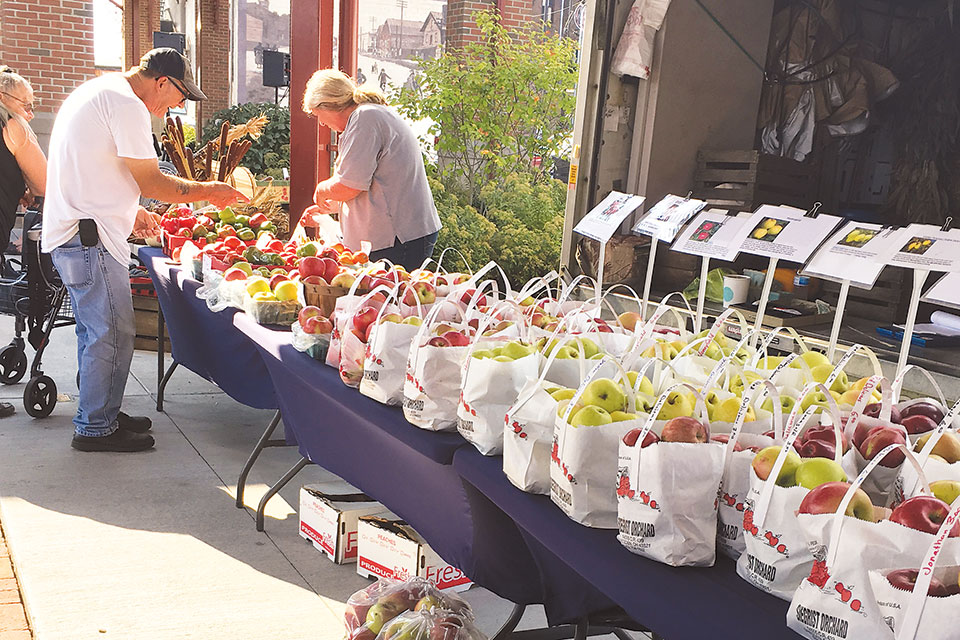 Newark Farmers Market at the Canal Market District