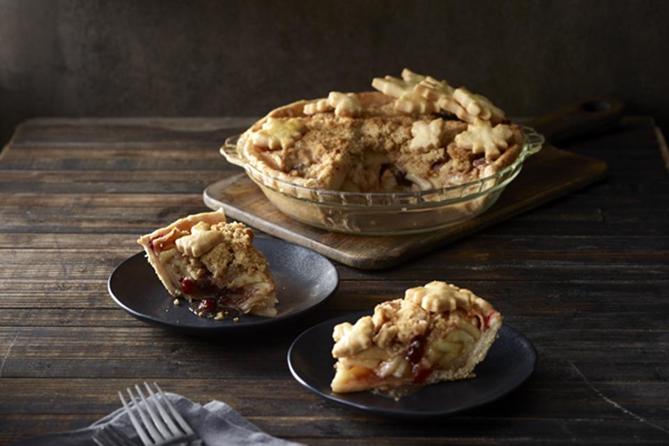 Winning_Apple_Pie_V2 (photo by Josiah Hull, food styling by Katy Hale)