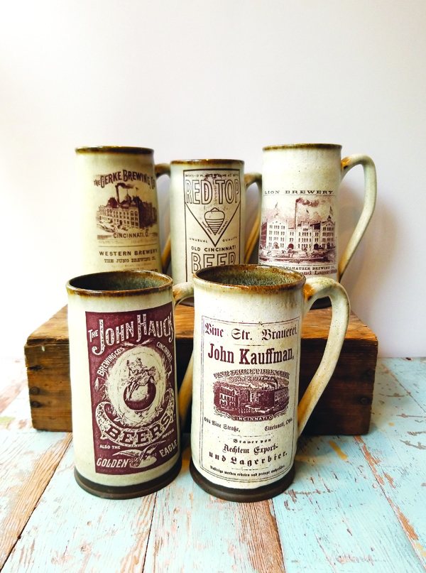 Beer steins with historic image