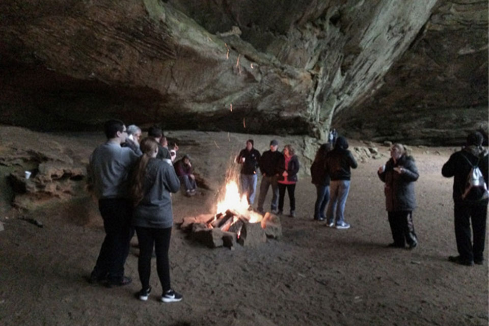 Sweethearts Hike at Ash Cave
