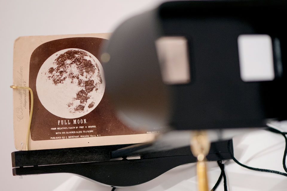 Popular stereoscope image of the moon