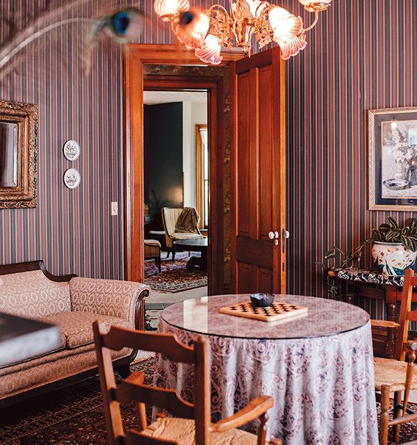 Black Squirrel Inn parlor (photo by Grace Jones)
