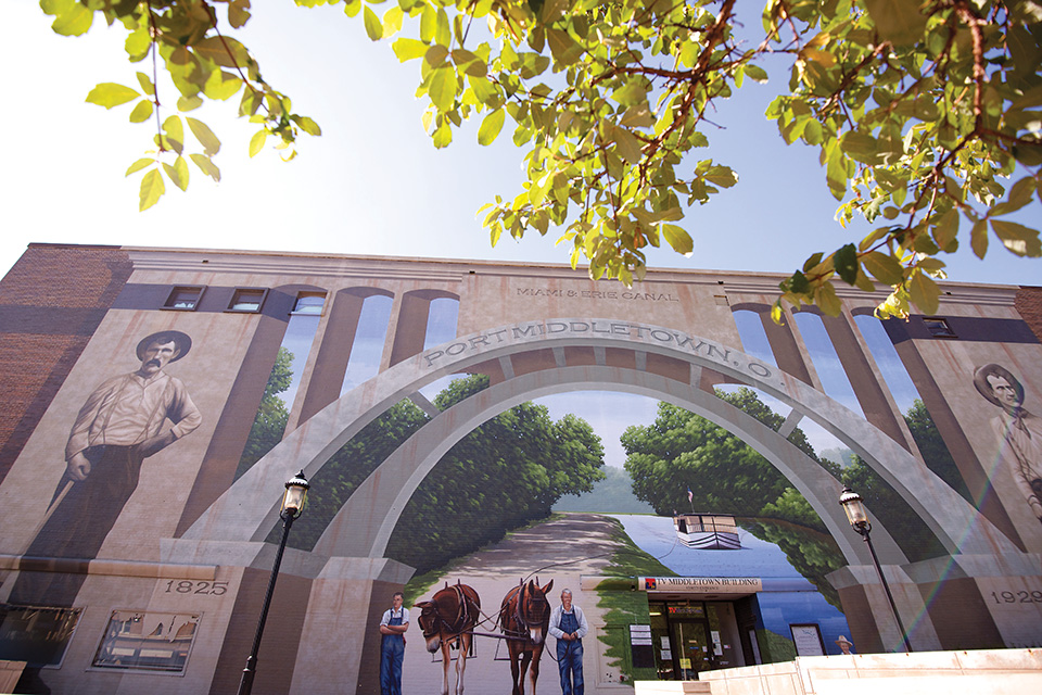 Canal heritage mural in Middletown (photo by Gaylon Wampler)