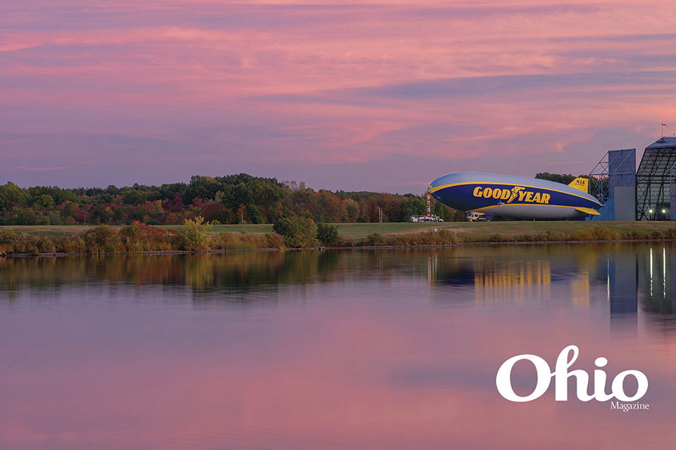 Goodyear Blimp landing (photo by Liz Schweitzer)