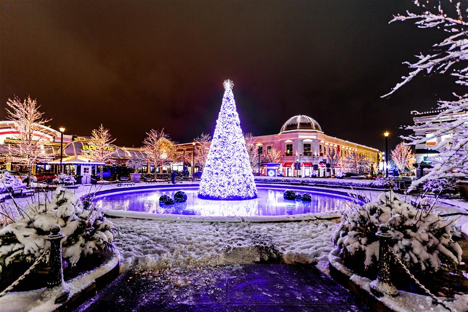 Easton Holiday Lights (photo by Steve Brady)