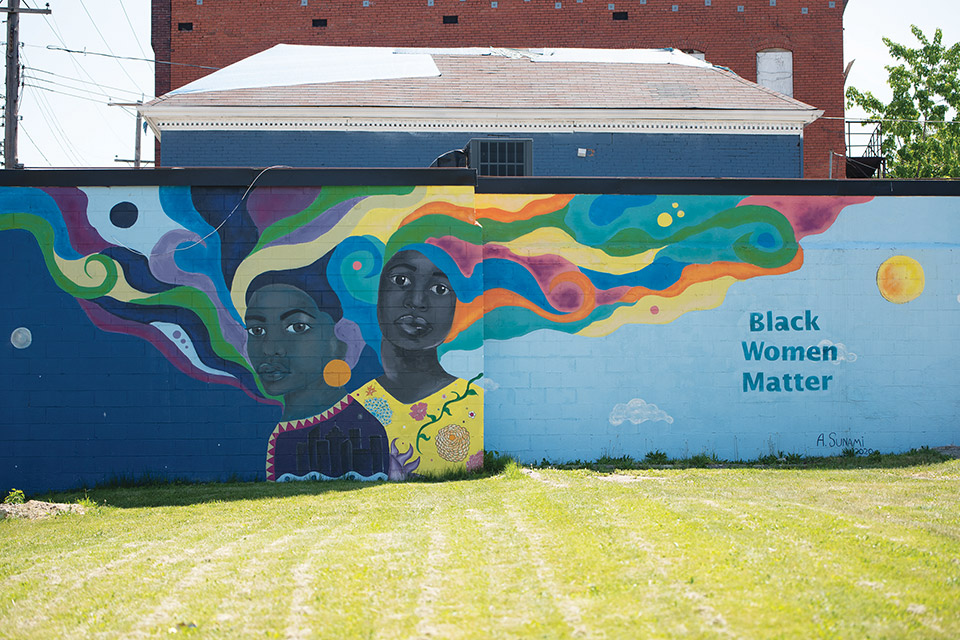 "April Sunami's ""Black Women Matter"" mural (photo by Rachael Jirousek)"