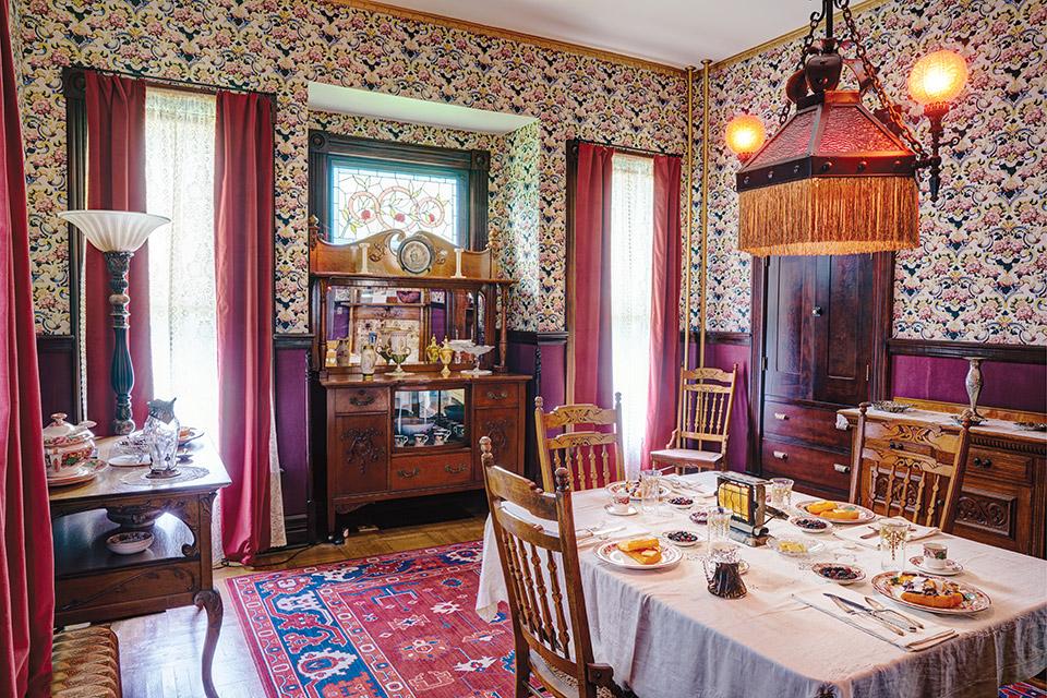 Harding Home dining room