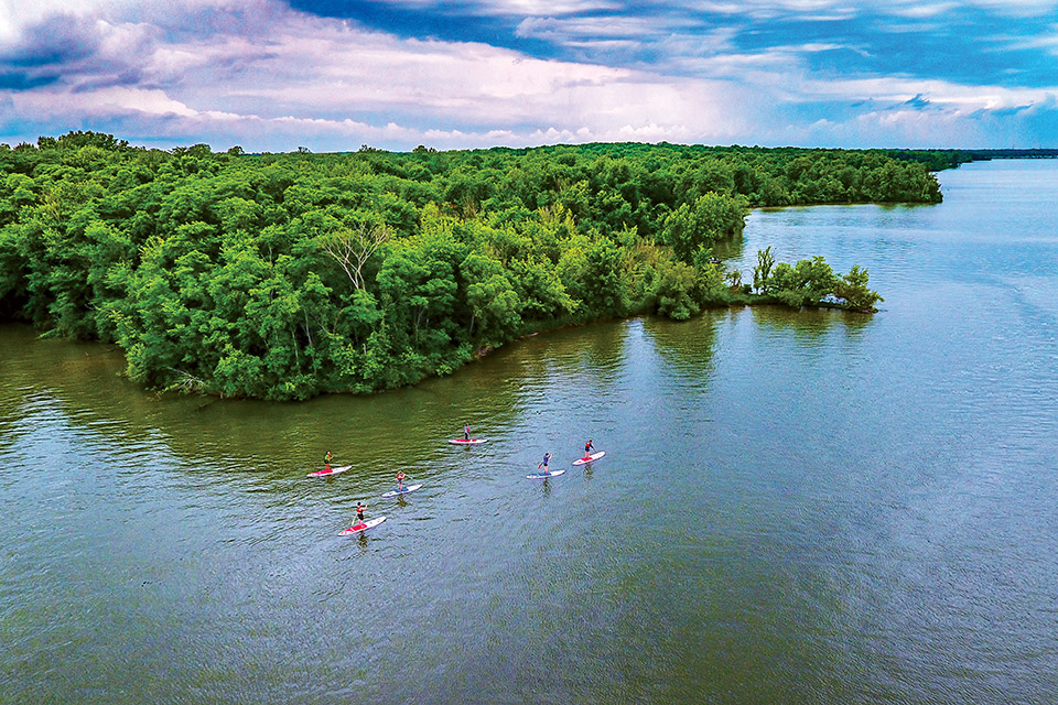 Stand-up paddleboarders on Alum Creek Lake (photo courtesy of Ohio Department of Natural Resources)