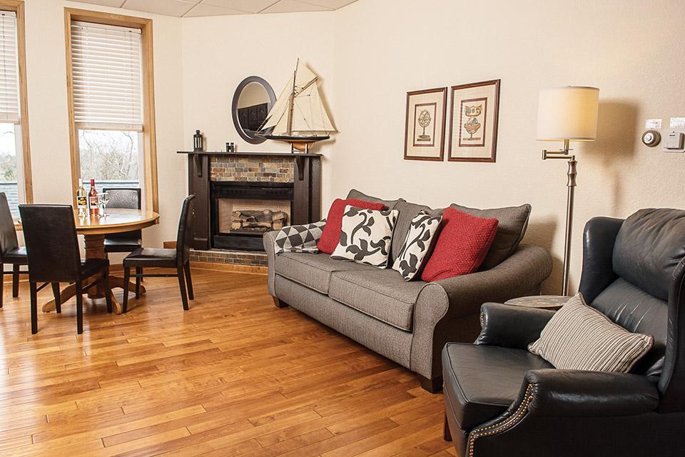 Red Fern Inn interior (photo courtesy of Red Fern Inn)