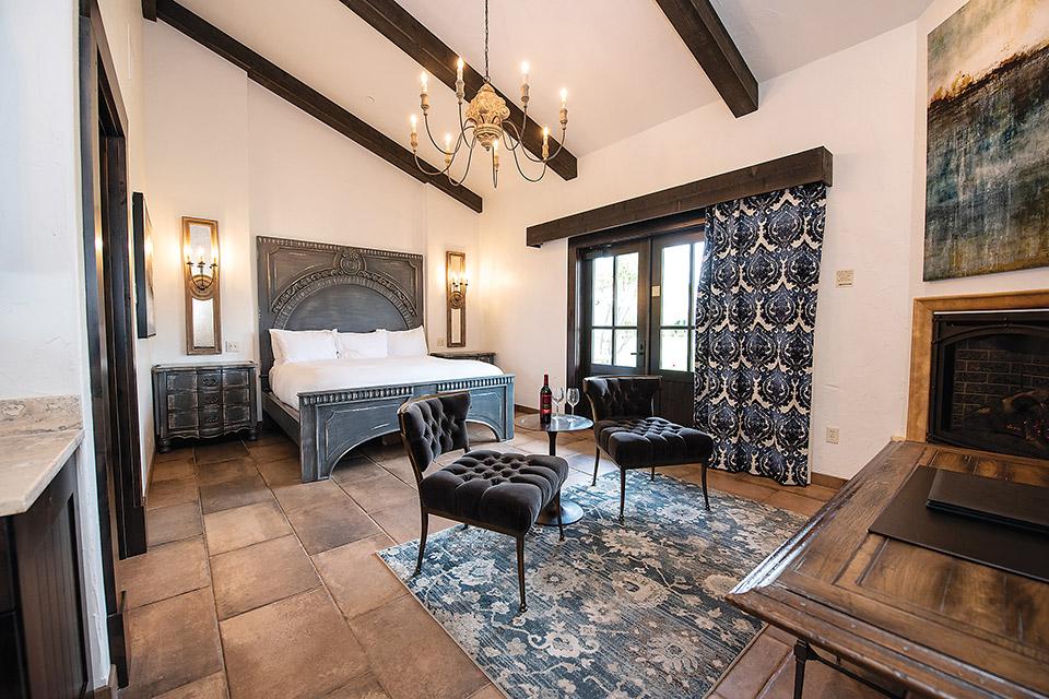 Gervasi Vineyard's Casa guest room interior