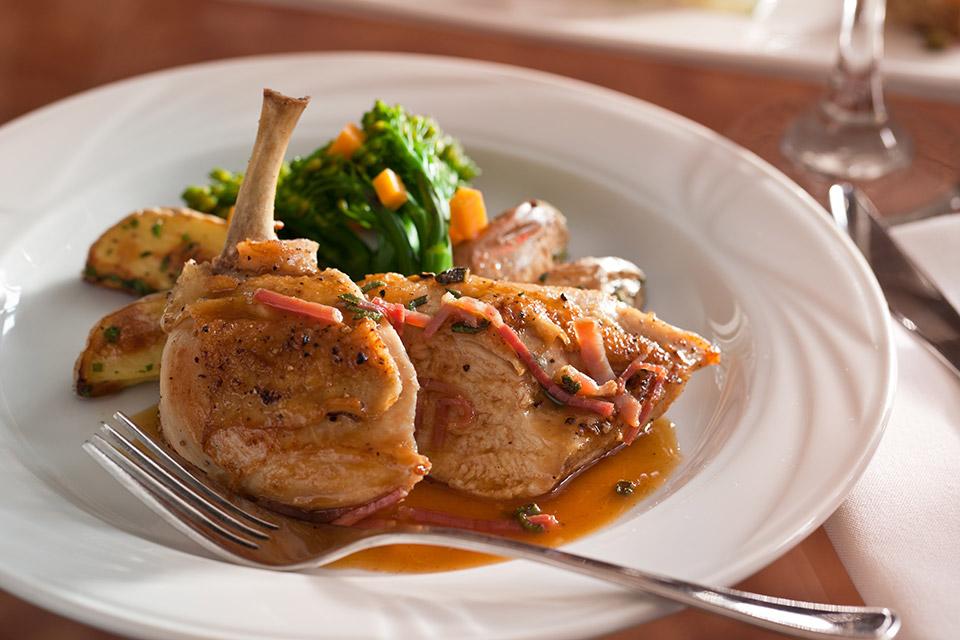 Meal at Tarragon at the Inn at Honey Run (photo by Jumping Rocks Inc.)