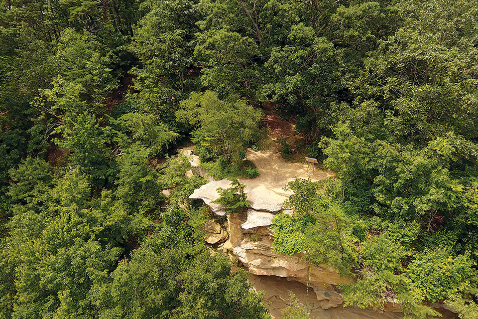 Raven Rock on the Scioto Heritage Trail (photo courtesy of the Ohio Department of Natural Resources)